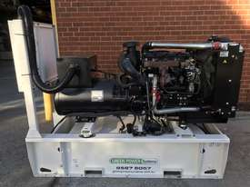 88kW/110kVA 3 Phase Skidmounted Diesel Generator.  Perkins Engine. - picture0' - Click to enlarge