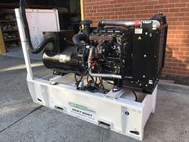 88kW/110kVA 3 Phase Skidmounted Diesel Generator.  Perkins Engine. - picture3' - Click to enlarge