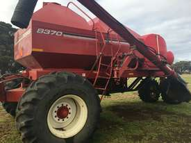 Morris 8370 Air Seeder Cart Seeding/Planting Equip - picture2' - Click to enlarge