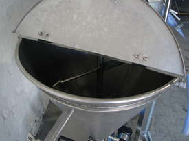 Stainless Volumetric Cavity Pump with Hopper Mixer - picture4' - Click to enlarge