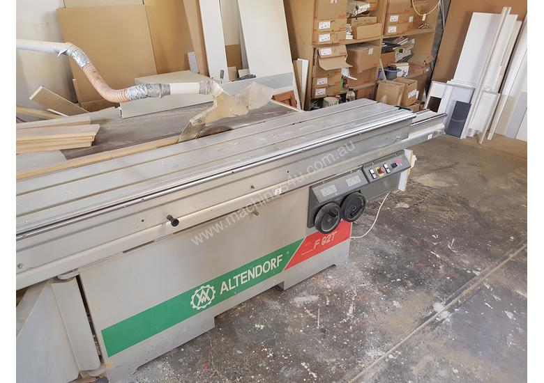 Panel saw in excellent working order