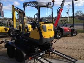 Wacker Neuson ET18 VDS canopy excavator/trailer package - picture5' - Click to enlarge