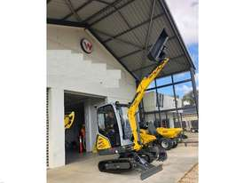 Wacker Neuson ET18 VDS canopy excavator/trailer package - picture4' - Click to enlarge