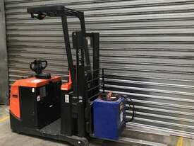 BT OSE120CB Stock Picker Forklift - picture2' - Click to enlarge