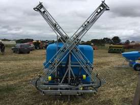 BA LS1000 Boom Spray Sprayer - picture0' - Click to enlarge