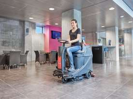 VIPER AS530R RIDE ON SCRUBBER DRYER - picture1' - Click to enlarge