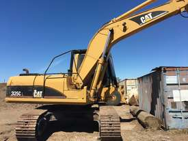 Cat 325C excavator with Randalls log grapple - picture3' - Click to enlarge