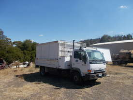 Nissan Tipper Truck - picture0' - Click to enlarge