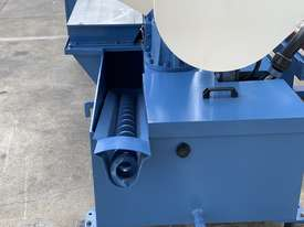 Heavy Duty Industrial Twin Column Bandsaws 500mm x 500mm With Swarf Conveyor - picture5' - Click to enlarge