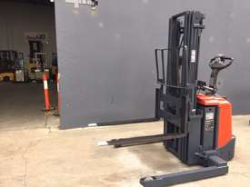 BT Staxio Electric Walkie Stacker - Refurbished & Repainted - picture0' - Click to enlarge
