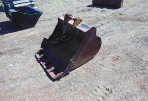 Genuine Caterpillar 900mm  digging bucket
