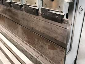 Top of the range European CNC Press Brake - picture3' - Click to enlarge