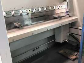 Top of the range European CNC Press Brake - picture5' - Click to enlarge