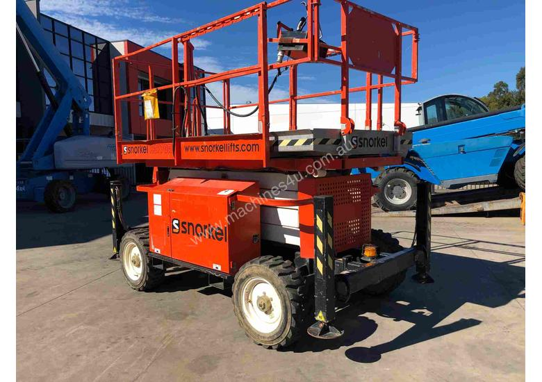 SNORKEL 27FT ROUGH TERRAIN SCISSOR LIFT