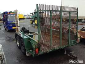 2003 Modern Trailers - picture2' - Click to enlarge