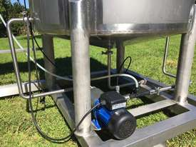 Ozone Water Treatment System - picture3' - Click to enlarge