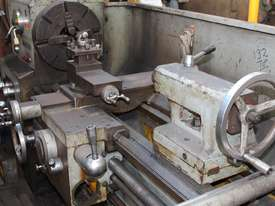 KWANGCHONG Gap-Bed Lathe - picture1' - Click to enlarge