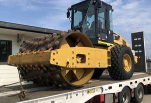 2011 (unverified) Caterpillar CS-56 Vibratory Roller