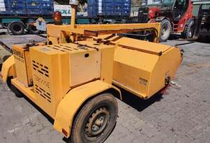 Sewell TB-2000e towed road broom , 2010 , 513 hrs ,