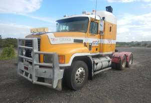 Mack CH688RS 6 x 4 Prime Mover