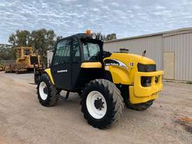 2005 New Holland LM435A Telehandler  - picture1' - Click to enlarge