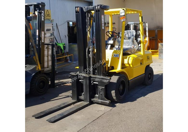 Hyster 3000kg LPG Forklift with 4615mm Three Stage Container Mast