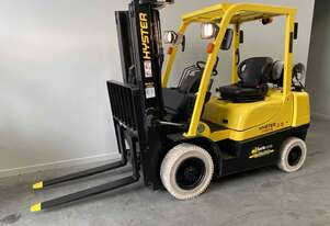 Hyster container 2.5 tonne non markers