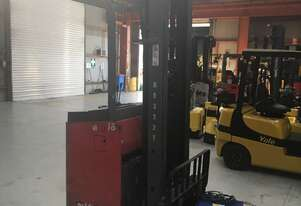 0.55T Battery Electric Reach Stand Up Forklift