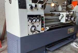 Centre Lathe 430x1100mm Turning Capacity