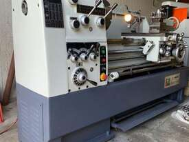 Centre Lathe 430x1100mm Turning Capacity - picture0' - Click to enlarge