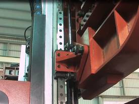 Column type Semi-Auto Bandsaws up to 1100mm - picture9' - Click to enlarge