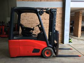 LINDE E16C Counterbalance Forklift - picture1' - Click to enlarge