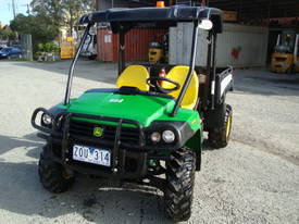 4x4 Utility Vehicle with Tipping Tray or First Aid Tray - picture4' - Click to enlarge