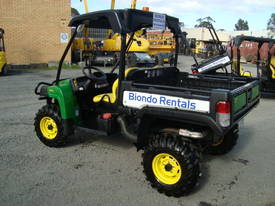 4x4 Utility Vehicle with Tipping Tray or First Aid Tray - picture13' - Click to enlarge