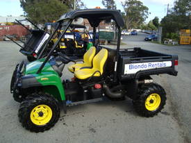 4x4 Utility Vehicle with Tipping Tray or First Aid Tray - picture15' - Click to enlarge