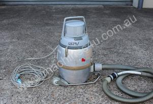 Nilfisk Vacuum Cleaner (Industrial)