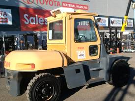 10 ton TCM FORKLIFT diesel  10 TON - picture2' - Click to enlarge