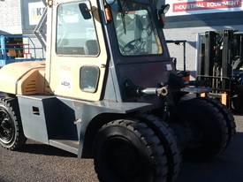 10 ton TCM FORKLIFT diesel  10 TON - picture3' - Click to enlarge