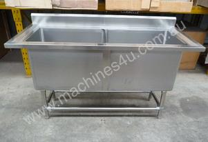 NEW COMMERCIAL STAINLESS STEEL DOUBLE POT SINK