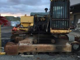 Pc300-6 wrecking all parts available