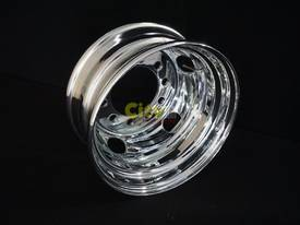 10/225 6.75x17.5 Chrome Steel Rims - picture0' - Click to enlarge