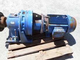 SUMITOMO ELECTRIC REDUCTION GEARDRIVE 22KW