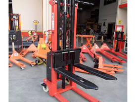 Semi Electric Narrow Pallet Stacker 1.5 Ton 3m - picture0' - Click to enlarge