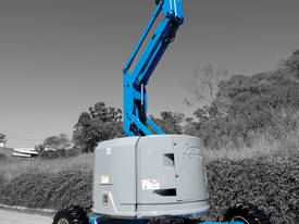 GENIE Z 34/22 4WD Articulating Boom - picture0' - Click to enlarge