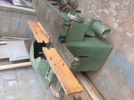 Spindle and power feed