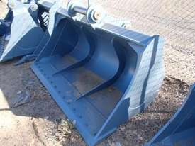 ROO ATTACHMENTS 30 TONN Bucket-GP Attachments - picture1' - Click to enlarge