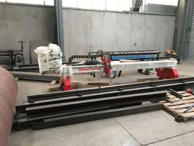 PLASMA CUTTER GANTRY - picture0' - Click to enlarge