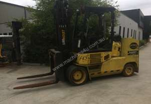 Hoist 12T Counterbalance Forklift