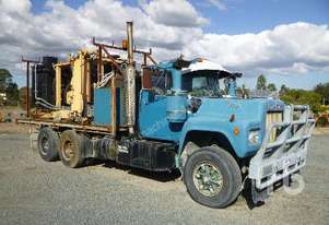 Mack   R SERIES Table Top Truck