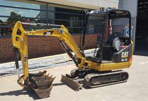 CAT 301.7D CR 1.7T EXCAVATOR WITH ROPS CANOPY, LOW 1900 HOURS, EXPANDABLE RUBBER TRACKS